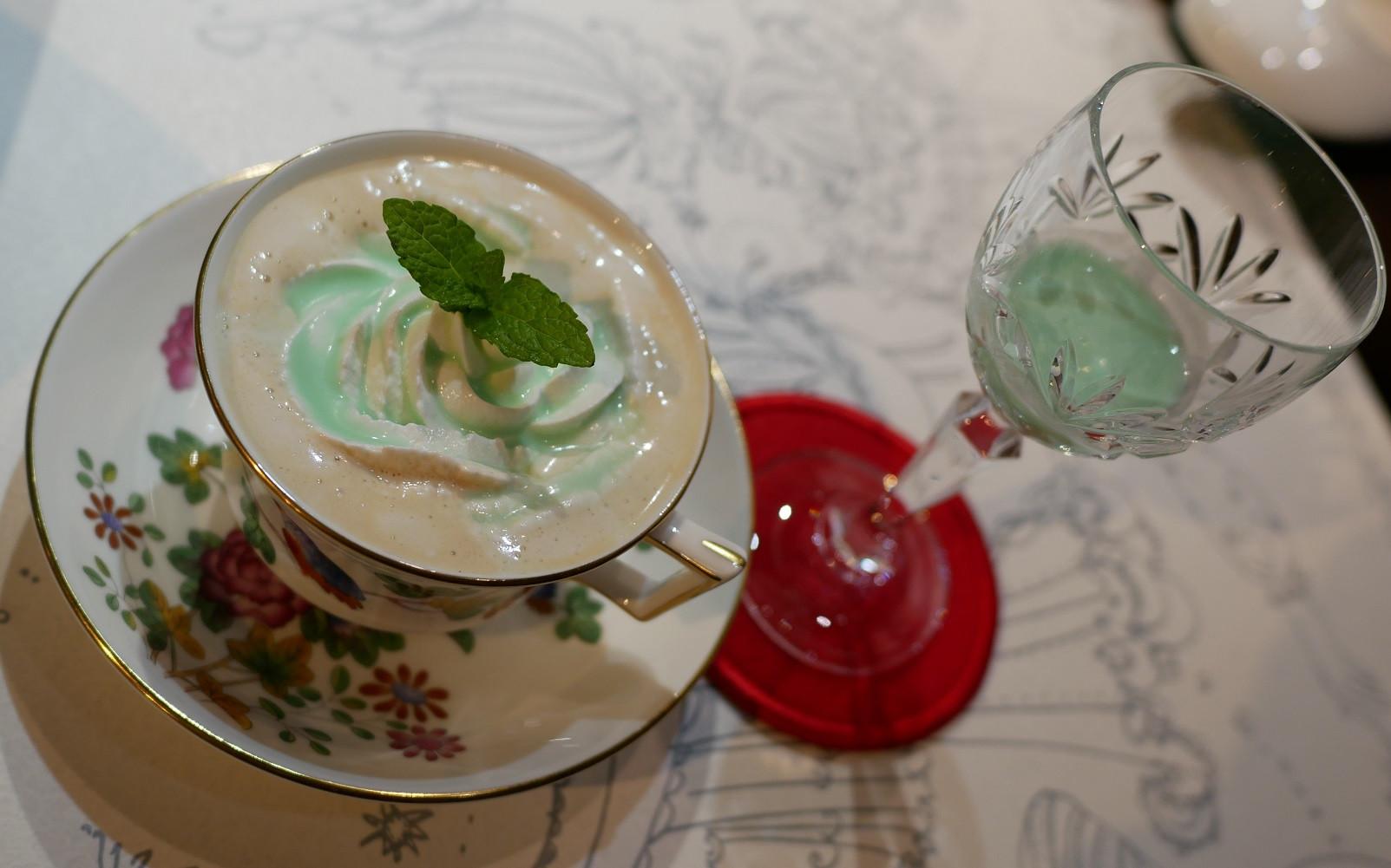 グラス ホッパー カフェ