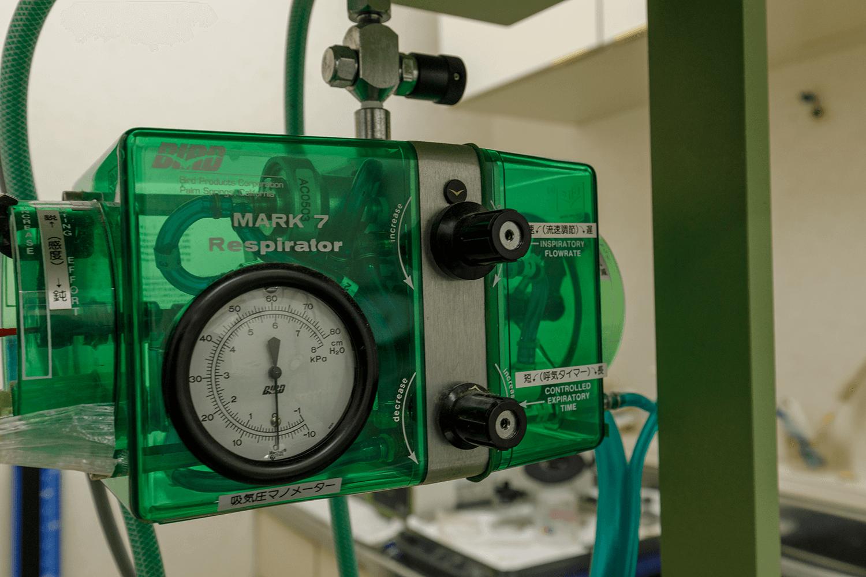 ベンチレーター(人工呼吸器)