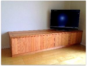 山武杉のテレビ台