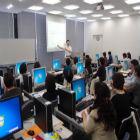 永友一朗氏を講師に多くの女性部員がセミナー受講