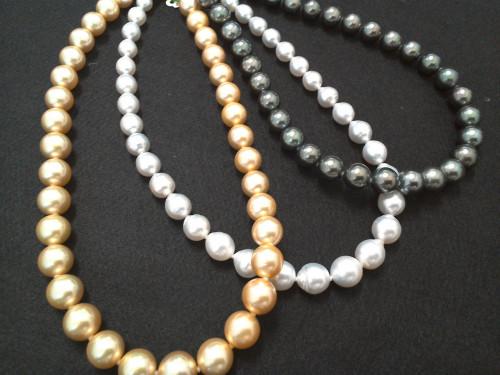 南洋真珠のネックレス