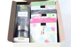 3種類の柄パッケージ茶葉ギフト(カラーが選べるティーボトル付)