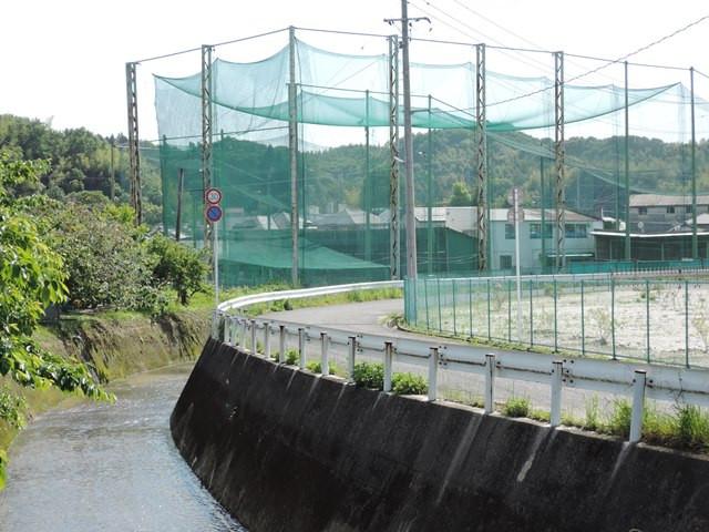 11スタジアム川べり側.JPG