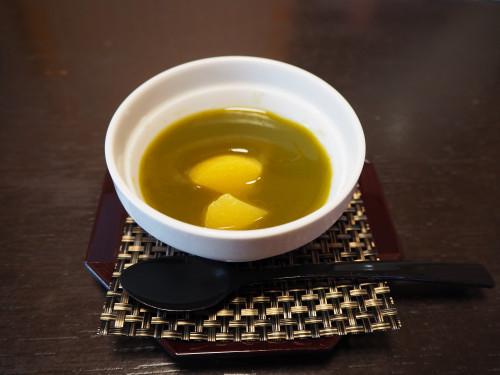 マンゴー入り抹茶プリン