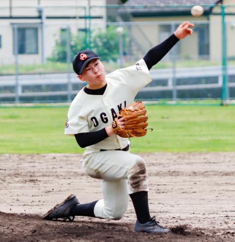 12-04-大柿高校投手