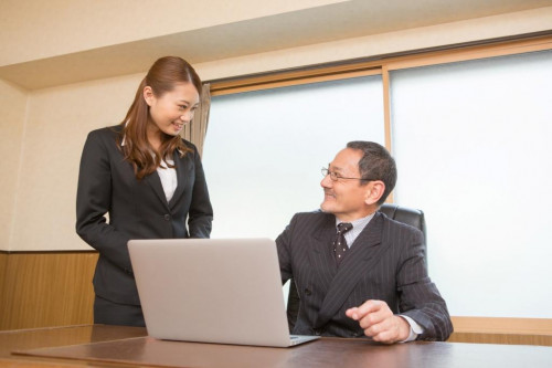 ■What are the benefits of hiring a secretary by dispatch? 3 points
