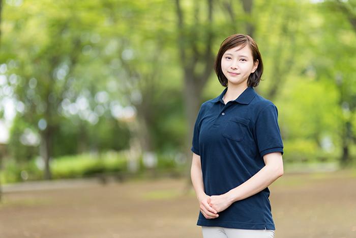 就労継続支援B型ラポール 笑顔の女性の画像