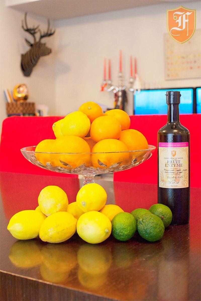 西表島のBIGパイナップルorピーチパインと瀬戸内レモンの酵素レッスン
