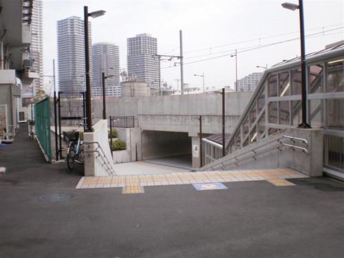 道順06_階段を下りる (Medium).JPG