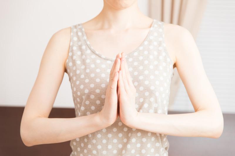 乳がん体験者さん向けヨガのイメージ