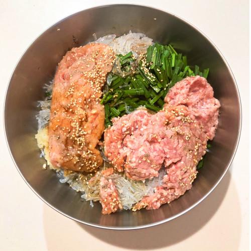 ざくろ酢レシピ『鶏肉さっぱりぎょうざ』4a.jpg