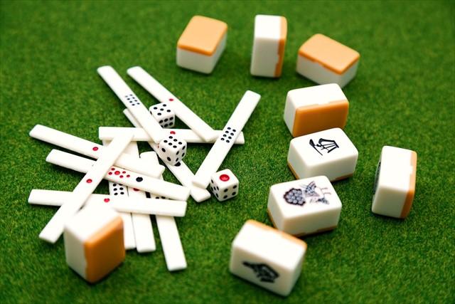 岐阜のツモるんですは無休で営業している雀荘でいつでも麻雀が楽しめる!