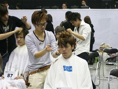 二俣川メンズ専用美容院バルビエーレ | 美容院コンテスト出場