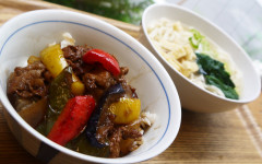 ●彩り野菜のバルサミコ酢豚DON&うどん.jpg