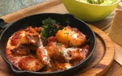イベリコ豚のトントロのトマトソース煮.jpg