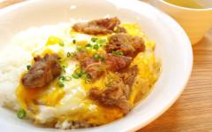●牛すじ卵とじDON.jpg