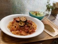 ●イベリコ豚ベーコンと茄子のトマトソーススパゲティ.jpg