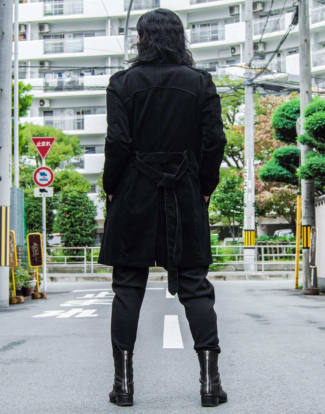 ブラックチェスターコートコーデ11.jpg