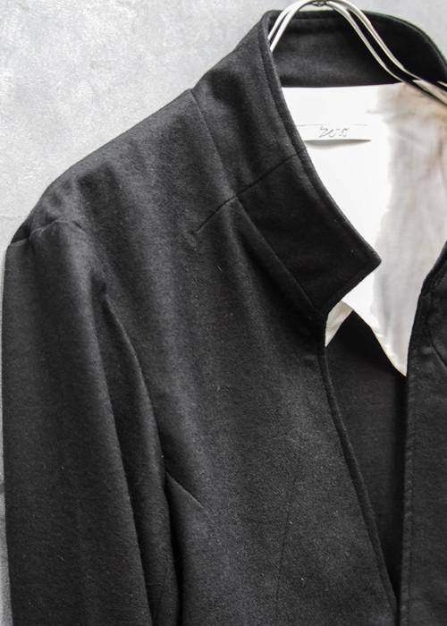 ワンボタンジャケット黒×白14.jpg