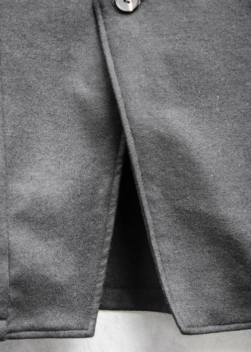 ワンボタンジャケット黒×白11.jpg
