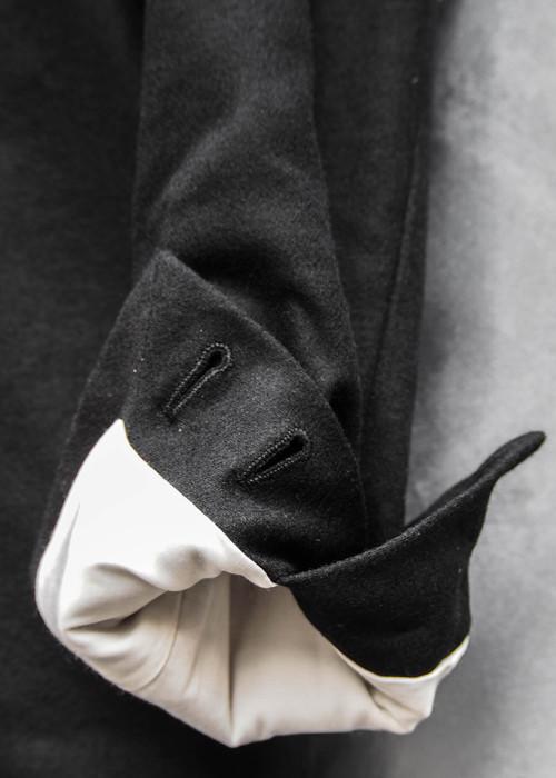 ワンボタンジャケット黒×白9.jpg