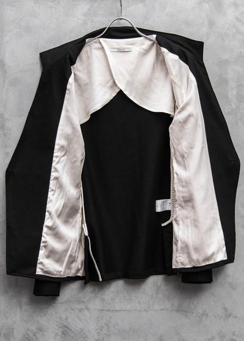 ワンボタンジャケット黒×白8.jpg
