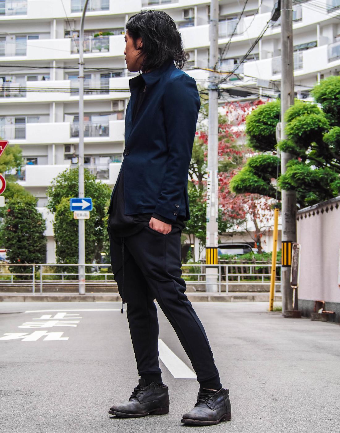 ネイビージャケットコーデ3.jpg