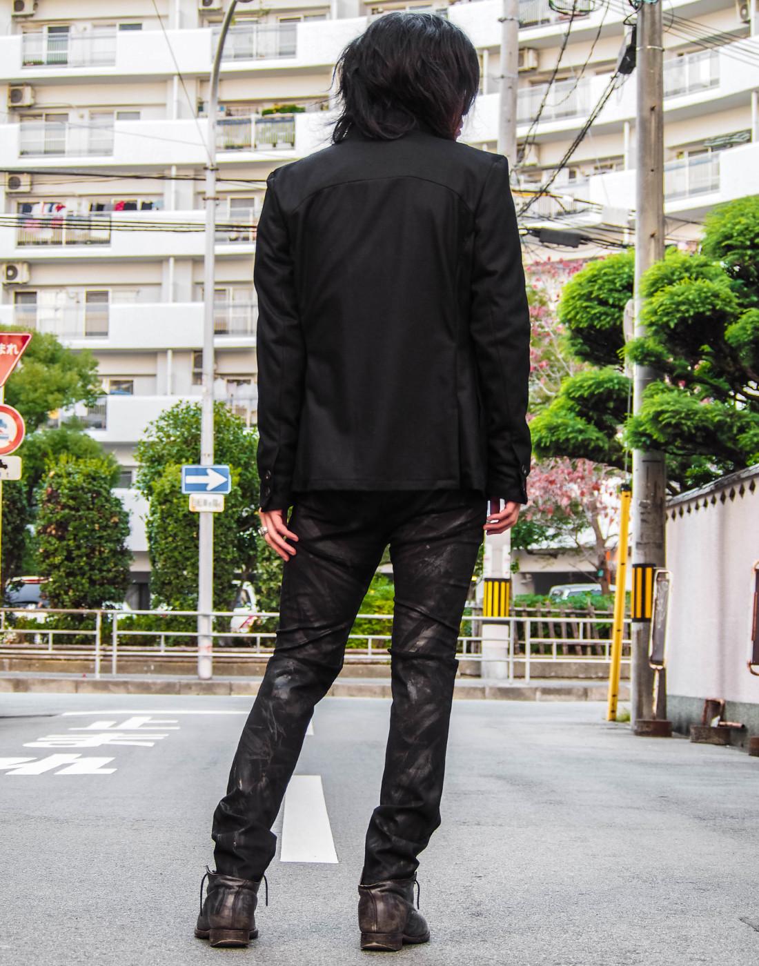 ブラックジャケットコーデ13.jpg