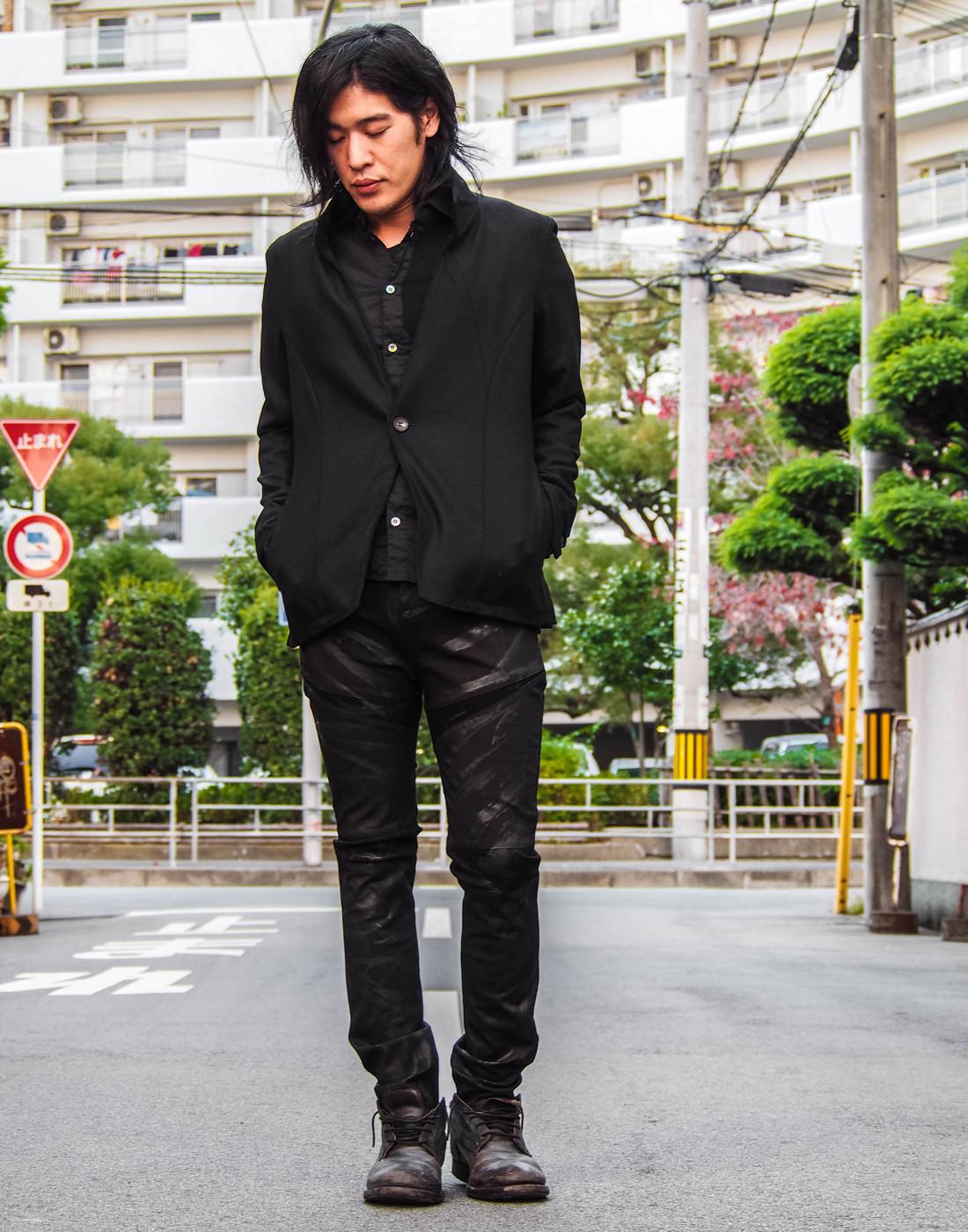 ブラックジャケットコーデ11.jpg