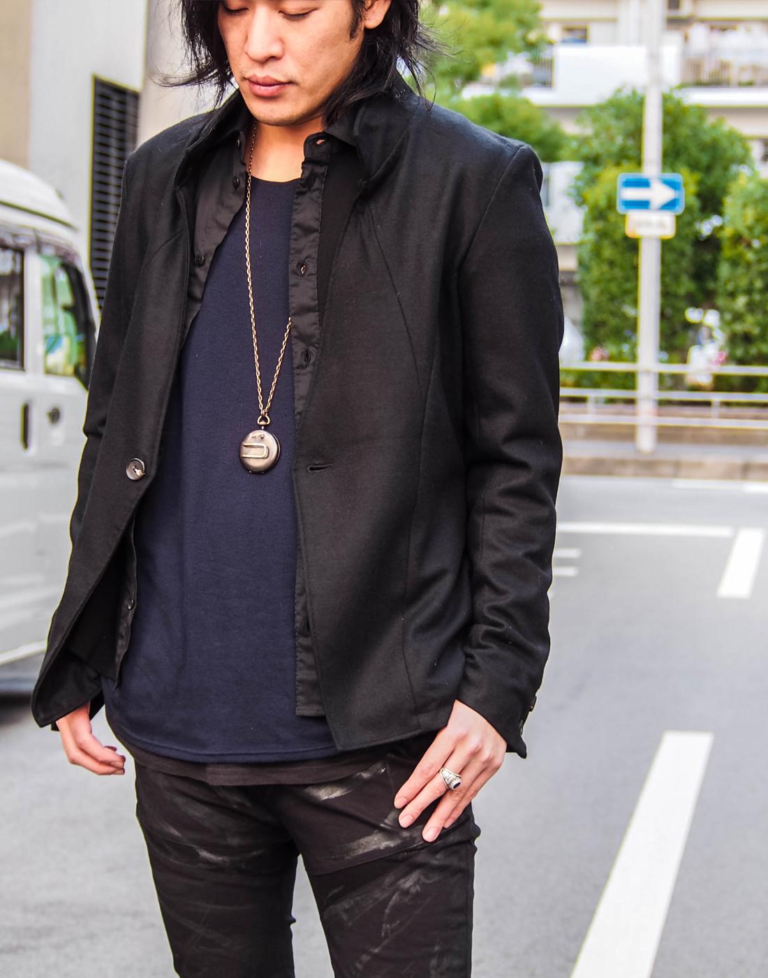 ブラックジャケットコーデ1.jpg
