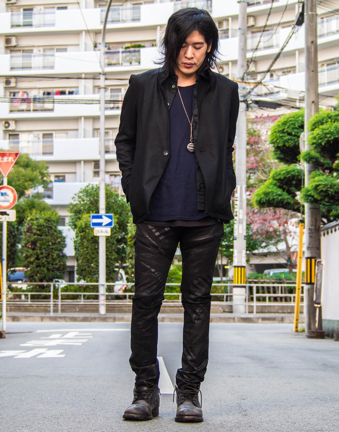ブラックジャケットコーデ6.jpg