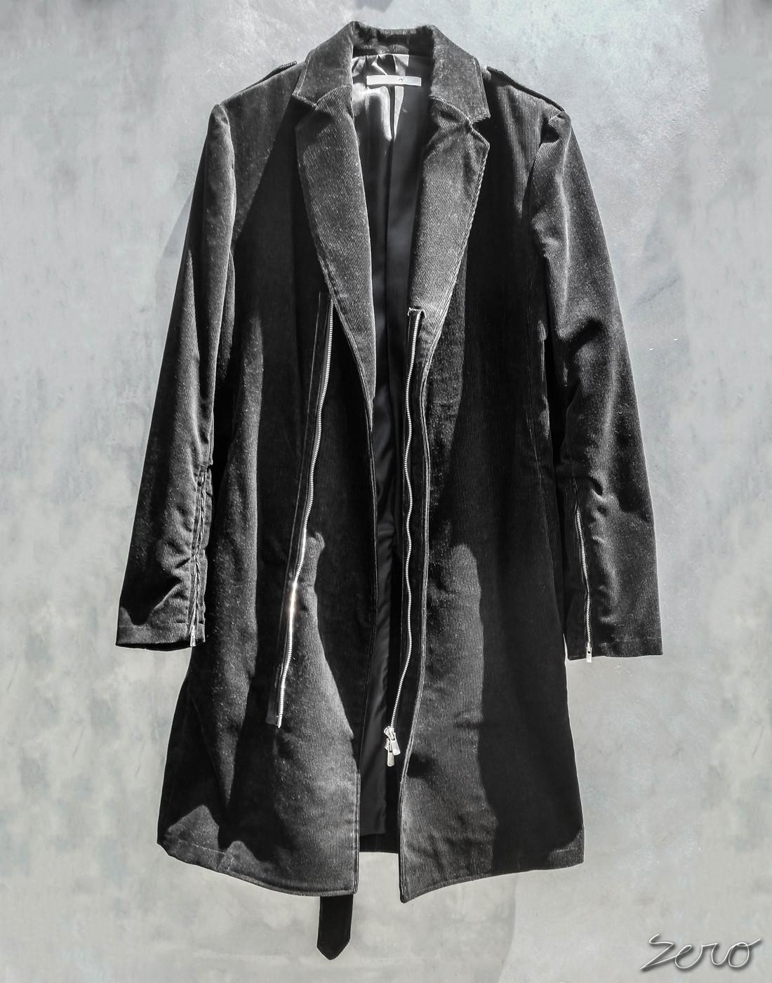 ブラックコート.jpg