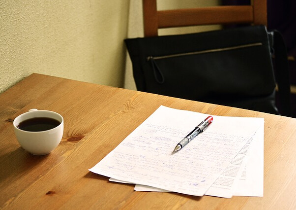東京で医学部受験をするなら「小論文・面接」対策に力を入れている「メディカ(medika)」に通って合格を勝ち取ろう!