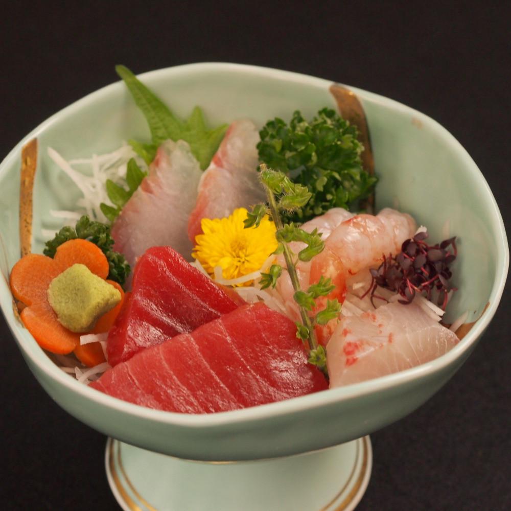 【お斎】七魚の店舗で法事の食事会