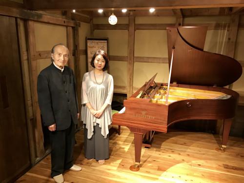 西尾結子ピアノ.jpg