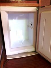 客室用冷蔵庫.jpg