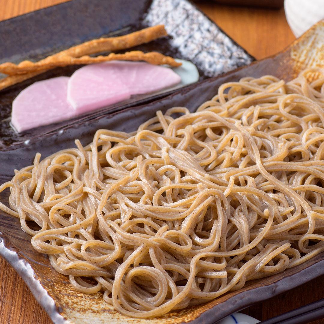 鳴子産の自家製粉の蕎麦をさっぱり!!