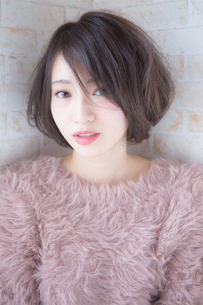 相模大野の「傷まない」縮毛矯正とカラーがオススメの美容院 | Keshiki |  グレージュ系ふんわりボブスタイル