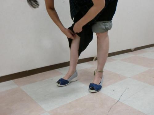 裾パンツ3.JPG