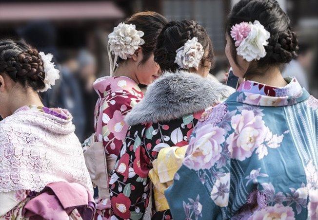 美容室を藤沢市で探している方にぴったり!【amie☆haircommunity】では着付けも承ります
