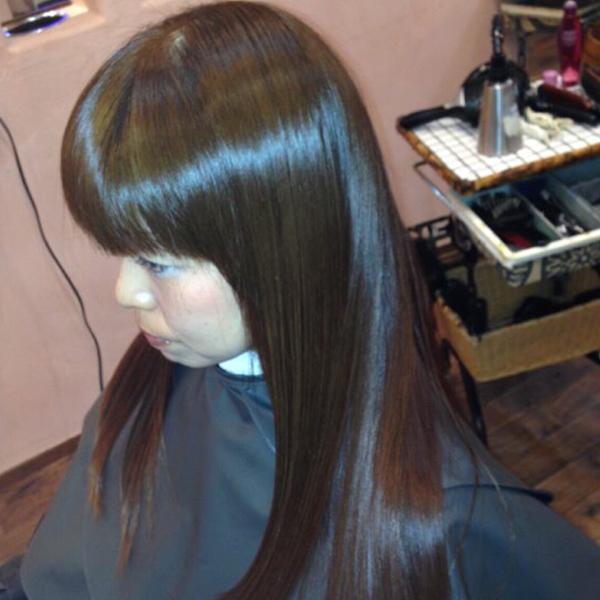 奈良市のカラーが人気の美容室 | VOW ヘアスタイル