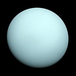 250px-Saturn-cassini-March-27-2004.jpg