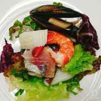 魚介類のサラダ.jpg