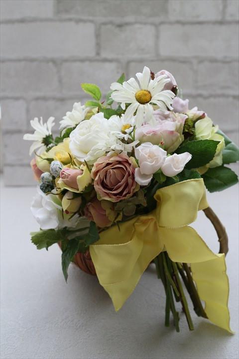 造花のブーケなら枯れないからいつまでも綺麗なまま