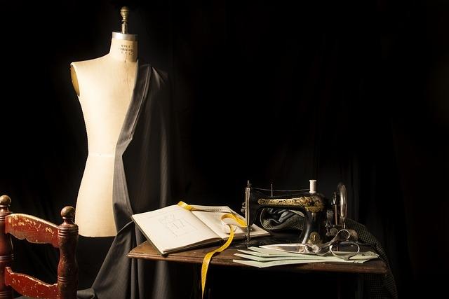 オーダースーツは東京の【三服屋】にお任せ~細身に見えるデザインなど多数ご提案~