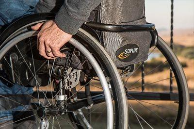 車椅子の介助方法として押さえるべきポイント
