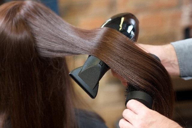 神戸市西区で縮毛矯正のご予約はStill Hair~メニューや最終受付の時間などお気軽にお問い合わせを~