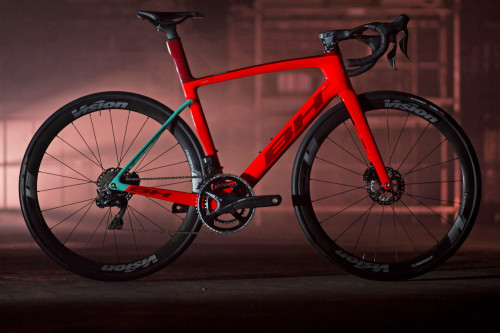 2020-BH-G8-Disc-aero-road-bike_aerodynamic-all-rounder-carbon-road-race-bike_complete.jpg