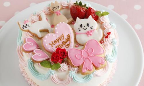 猫があるケーキがかわいくて美味しそう