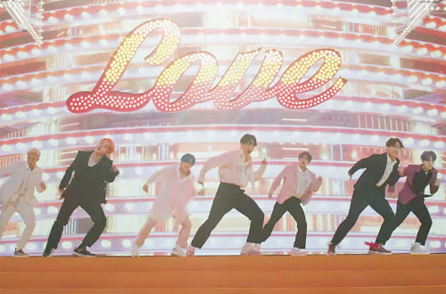 02-bts-Boy-With-Luv-2019-vid-billboard-1548.jpg